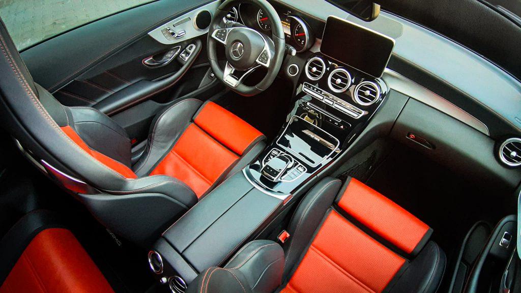 Mercedes C63 AMG - Auto dla kobiety