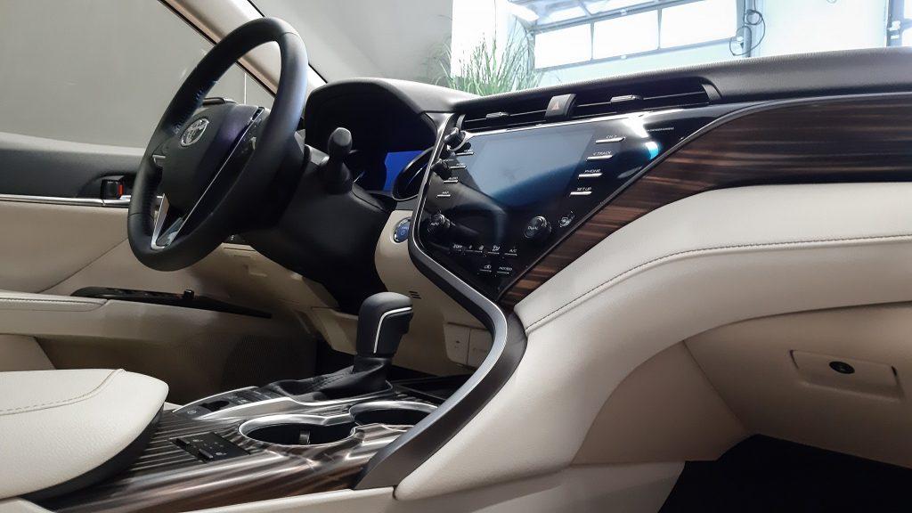 Bonus: Toyota Camry - nietypowy design wnętrza