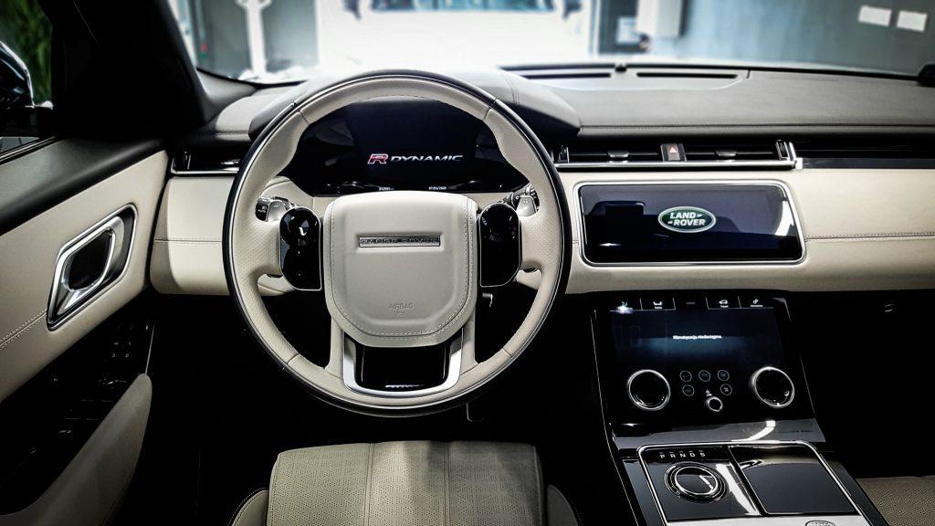 Range Rover Velar R- Design - Auto dla kobiety