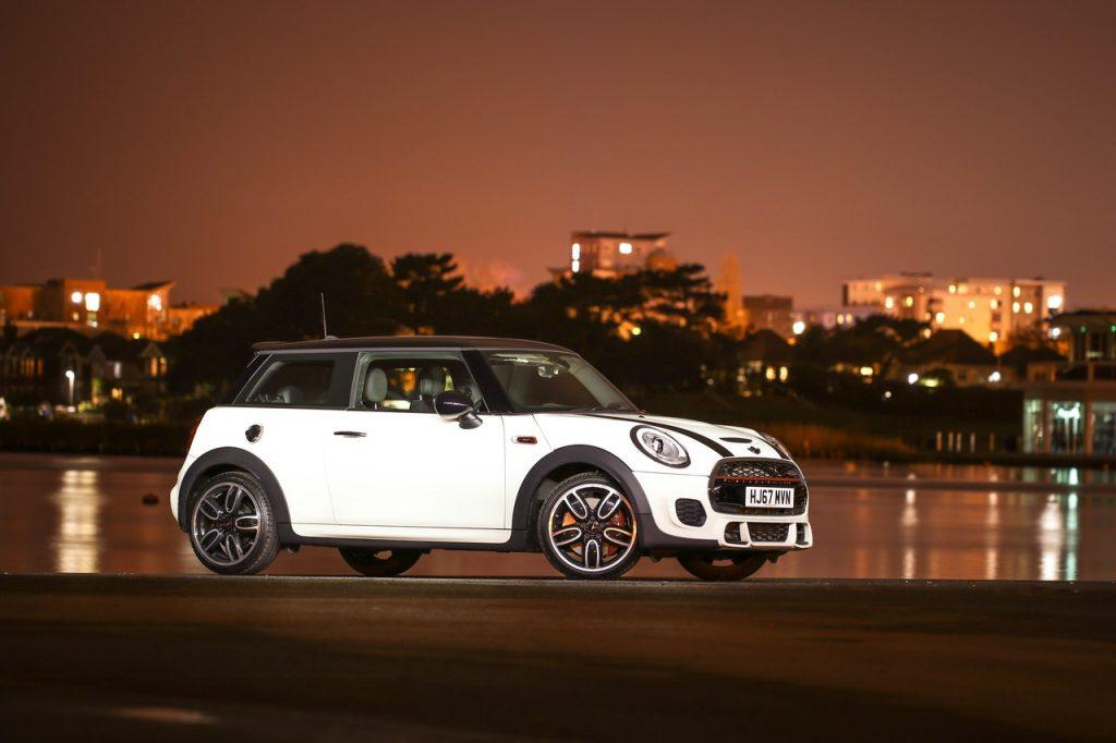 Mini - auto dla kobiety